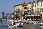 Thumbnail houses at the via fontana and the small boat harbour, Lazise, Lake Garda, Italy