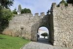Thumbnail Archway in the medieval city walls of Evora, UNESCO World Heritage Site, Alentejo, Portugal, Europe