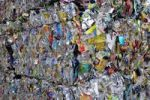 Thumbnail Compressed aluminum packaging, recycling yard