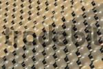 Thumbnail Struktur von Stuhlreihen in einem Freilichttheater