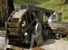 Thumbnail Waterwheel at the Harmeralm mountain lodge, Naturpark Soelktoeler nature park, Schladminger Tauern mountains, Styria, Austria, Europe