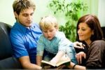 Thumbnail Young family reading