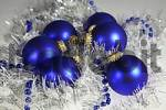 Thumbnail Blue Christmas tree balls with silver garland