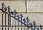 Thumbnail Schatten eines eisernen Zaunes, Hofburg, Wien, Österreich, Europa