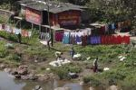 Thumbnail Washing laundry in Periyar River, Vandiperiyar, Kerala, India, South Asia, Asia