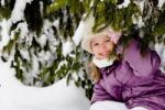 Thumbnail Girl in snow-covered forest