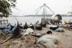 Thumbnail Rubbish in front of fishing boats and Chinese fishing nets, Kochi, Fort Cochin, Kerala, South India, South Asia