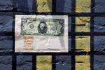 Thumbnail 100 US$ as graffiti on a wall, Bogota, Columbia, South America