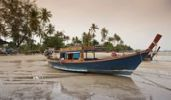 Thumbnail Fishing boats at low tide in the evening, approaching thunderstorm, Rawai, Phuket, Thailand, Asia