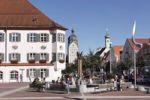 Thumbnail Schrannenplatz square with City Hall and a bronze sculpture by Karl Reidel, Erding, Upper Bavaria, Bavaria, Germany, Europe
