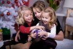 Thumbnail Girls unpacking Christmas presents