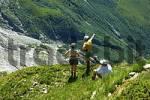 Thumbnail resting hikers