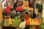 Thumbnail live on a market, Port Louis, Mauritius