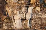 Thumbnail Watstein monument, equestrian statue of Richard the Lionheart and the singer Blondel near Duernstein, Wachau valley, Waldviertel region, Lower Austria, Austria, Europe