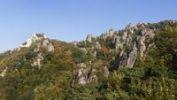 Thumbnail Rocks with climbing garden and Burgruine Duernstein castle ruins, Wachau, Waldviertel, Niederoesterreich, Oesterreich, Europa