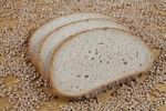 Thumbnail Slices of bread and wheat grains