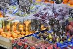 Thumbnail Obststand am Naschmarkt in Wien Österreich