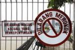 Thumbnail smoking is forbidden sign in Samarinda, East-Kalimantan, Borneo, Indonesia