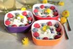 Thumbnail Yoghurt cream with berries