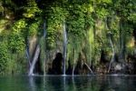 Thumbnail Waterfall, Plitvice Lakes National Park, UNESCO World Heritage Site, Croatia, Europe