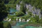 Thumbnail Lake with boardwalk, Plitvice Lakes National Park, UNESCO World Heritage Site, Croatia, Europe