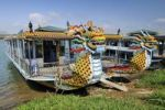 Thumbnail Dragon head and excursion boat, Song Huong or Huong Giang or Perfume River, near Hue, North Vietnam, Vietnam, Southeast Asia, Asia