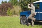 Thumbnail Hunter hunting for game
