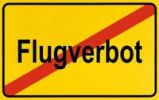 Thumbnail City limits sign with the word Flugverbot, German for flight ban, symbolic image for the end of a flight ban