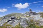 Thumbnail Stones above Litlklepptjørna or Litlklepptjoerna lake, Skarvan and Roltdalen National Park, Skarvan og Roltdalen, Nord-Trøndelag or Nord-Troendelag county, Norway, Scandinavia, Europ