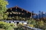 Thumbnail farmhouse Hinterkaiser in front of mountain Wilder Kaiser in valley Kaisertal Tyrol Austria