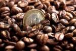Thumbnail Roasted Coffee Beans with Euro Coin