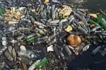 Thumbnail garbage swimming in the water, Harbor of Tripolis, Tripoli