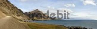 Thumbnail Gravel road on the southern coast between Hoefn and Djpivogur, Iceland, Atlantic Ocean
