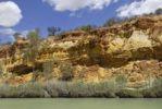 Thumbnail Steep cliffs along Murray River, Berri, South Australia, Australia