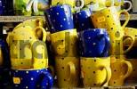 Thumbnail yellow und blue cups for selling, Auer Dult fair, Munich