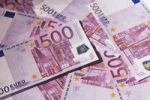 Thumbnail 500 Euro bank notes