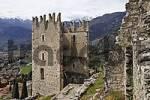 Thumbnail castle ruin, Arco, Lake Garda, Italy