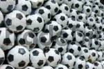 Thumbnail display window full of footballs