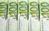 Thumbnail 100 Euro banknotes