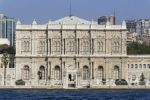 Thumbnail Dolmabahçe Palace, Dolmabahçe Sarayi, seen from the Bosphorus / Besiktas, Istanbul, european side, Istanbul Province, Turkey, Asia