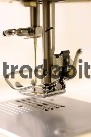 Home Embroidery Machine, Embroidery Machine India