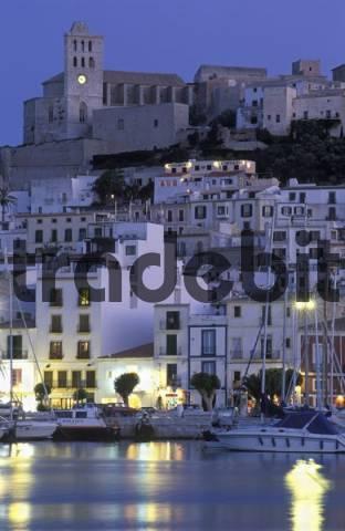 Ibiza, Eivissa, historic center Dalt Vila in the evening twilight