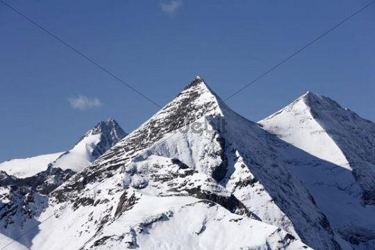 Mt. Grossglockner, Sonnenwelleck, Fuscherkarkopf, view from Grossglockner High Alpine Road, Hohe Tauern National Park, Salzburg, Salzburg/Carinthia, Austria, Europe