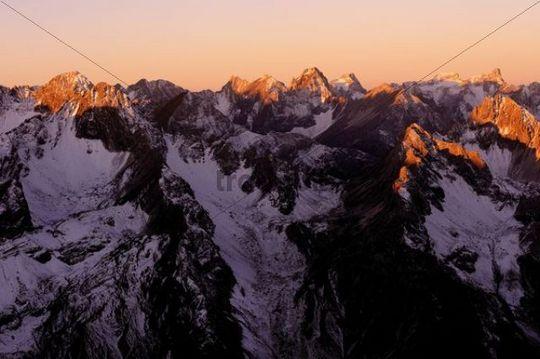 Snow-covered Alpine peaks at sunrise, Gramais, Lechtal, Reutte, Tirol, Austria, Europe