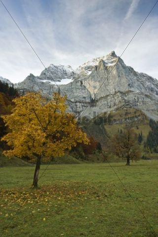 Mt. Spitzkarspitze in autumn, Eng, Tyrol, Austria, Europe