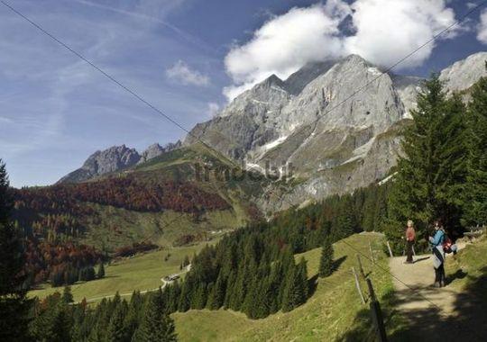 Hiking in the mountains in autumn, hiking trail with hikers, Berchtesgaden Alps, Alps, Hochkoenig Mountain, Salzburg, Austria, Europe
