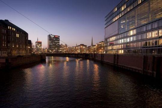 Speicherstadt, warehouse district, at dusk, Hamburg, Germany, Europe