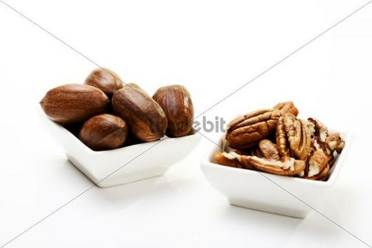 Pecans in dishes