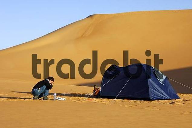 Having a mornign wash Ubari Sand Sea Sahara Libya