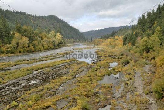 Autumn mood on Umpqua River, Oregon, USA